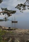 Парусник Святитель Николай, вид с берега