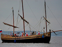 Круиз на паруснике по Онежскому озеру к острову Кижи
